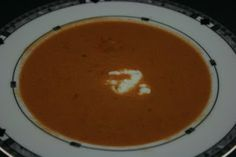 A Year of Slow Cooking: Restaurant-Quality Crockpot Tomato Soup Recipe