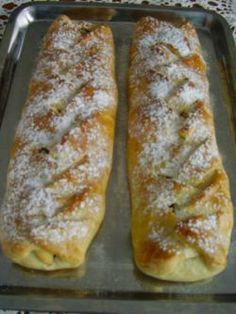 Coffos rétes kelt tésztából különböző ízekkel My Recipes, Cooking Recipes, Puff Pastry Dough, Corned Beef Recipes, Torte Cake, Sweet Cookies, Hungarian Recipes, Sweet And Salty, Food To Make