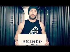 Macaco - Brindo por ti (video oficial) HD - YouTube