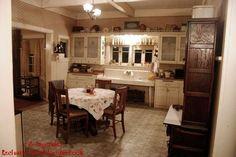 Sookie Stackhouse's kitchen on True Blood. Love this kitchen.