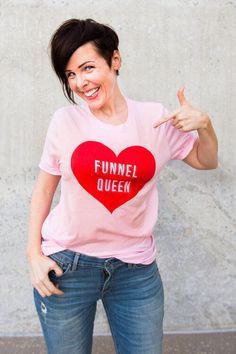 Funnel Queen Tee — Fun and colorful graphic tees for female entrepreneurs.  #entrepreneurlifestyle#fashionideas#promoteyourbusiness#brandambassador#entrepreneurlife