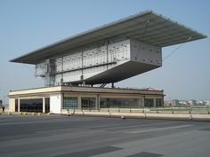 Lingotto Factory Conversion: Art Gallery by Renzo Piano Building Workshop