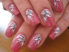 Make an original manicure for Valentine's Day - My Nails Fingernail Designs, Nail Polish Designs, Acrylic Nail Designs, Nail Art Designs, Flower Nail Designs, Colorful Nail Designs, Nail Designs Spring, Nagellack Design, Nagellack Trends