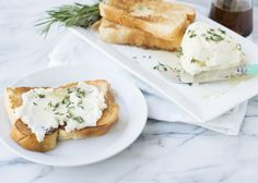 ricotta with honey and herbs - 1 cup ricotta, 1 cup water, 1/2 cup honey, 1 vanilla bean, fresh thyme & rosemary, brioche