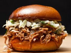 10 easy slow cooker recipes for Sunday's big game - CNET
