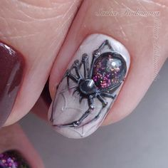▷ 1001 ideas for awesome and spooky halloween nails 15 Bling Nails, 3d Nails, Cute Nails, Coffin Nails, Bling Bling, Halloween Nail Designs, Halloween Nail Art, Spooky Halloween, Seasonal Nails