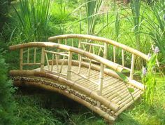 Tiki Bamboo bridge Bamboo Decking, Bamboo Box, Bamboo Garden, Bamboo Fence, Bamboo House Design, Bamboo Building, Bamboo Structure, Bamboo Construction, Bamboo Architecture