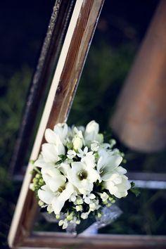Svatební kytice Wedding Photography, Plants, Wedding Photos, Wedding Pictures, Planters, Bridal Photography, Plant, Planting, Wedding Poses