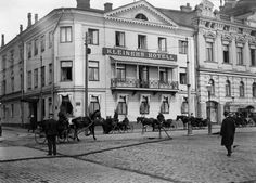 Old Helsinki kleinehinhotelli. Map Pictures, Old Buildings, Helsinki, Old Photos, Finland, Past, Louvre, Street View, Country