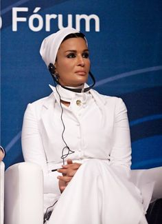Sheikha Mozah was wearinggorgeous white Dior couture in Brazil