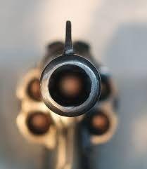 Revolver in your face Bang Bang, Eye Has Not Seen, Armas Wallpaper, Nicky Larson, Wallpaper Aesthetic, Bokeh Photography, Get Shot, Gun Control, Guns And Ammo