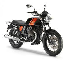 Best bikes for shorter riders: Moto Guzzi V7 Stone
