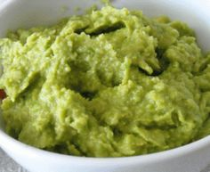 Easy Appetizers For New Year's Eve! what could be easier than guac!! #easyappetizers