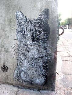 Street art:  Cat in Paris (Vitry-sur-Seine) by #Graffiti| http://graffiti83.blogspot.com