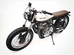 Kawasaki KZ 400 - Free KustomCycles - Pipeburn - Purveyors of Classic Motorcycles, Cafe Racers & Custom motorbikes