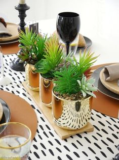 Father's Day Masculine Tablescape Ideas - ideas for a chic, modern but manly table setting in black, white, brown & gold with easy, DIY details! Party Decoration, Craft Party, Party Party, Black Wine Glasses, Small Wooden Tray, Starter Plates, Fathers Day Brunch, Mini Photo Frames, Brunch Decor