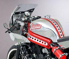 Kawasaki ER-6n – Louis Special Conversion - RocketGarage Cafe Racer