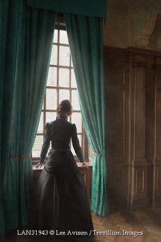 the woman i the window pdf