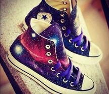 Inloved mode. #shoes #converse #style #cute #galaxy #fashion