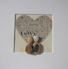 """Stein Bild  """"Love"""" Kiesel Art - Pebble Art - Geschenk - Geburt - Geburtstag - Einzug - Hochzeit - Verlobung - Muttertag - Personalisierbar von StoneArt2015 auf Etsy"""