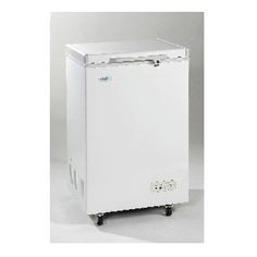 108L Chest freezer c/w Rollers & Lock Descriptions: Chest Freezer Volume Capacity: 108L Temperature: < 18c Refrigerant: R134a Features: Mechanical temperature control / Analogue adjustable thermostat / key lock /white interior & exterior /  flat bottom Pilot Light: Green for compressor on / Red for power off Power Consumption: 1.0kW - 5kg / 24h Product Weight: 34kg Packing Weight: 39kg Power Rating: 115W Power Requirements: 220V - 240V / 50Hz Product Dimension (mm): 610W x 580D x 940H