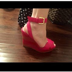 BRAND NEW  Missoni Pink Wedges $550 Brand new Missoni Wedges in Pink . Purchased for over $550 . Never worn . Has tags on bottom of shoes . These are a size 10 . Please see pics! Open to offers . Thank you ladies! Missoni Shoes