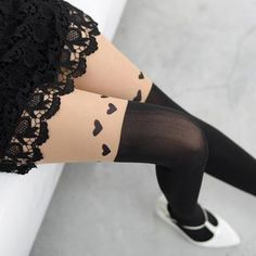 Buy '59 Seconds – Heart Print Two-Tone Tights' with Free International Shipping at YesStyle.com. Browse and shop for thousands of Asian fashion items from Hong Kong and more!