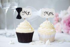 Bride and groom cupcakes by RuthBlack. Bride and groom cupcakes for a wedding Wedding Catering, Wedding Reception, Wedding Day, Wedding Gifts, Wedding Groom, Bride Groom, Wedding Cupcake Toppers, Wedding Cupcakes, Bride Cupcakes