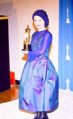 Premios Óscar:  - Mejor actriz de reparto Anna Paquin (The Piano )
