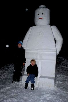 Lego Snowman | Community Post: 40 Creative Snowmen and Other Snow Sculptures