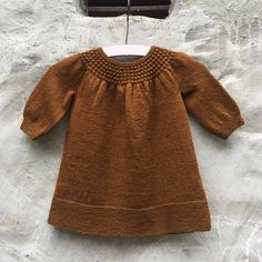 Ideas For Knitting Patterns Free Baby Dress Ravelry Knit Baby Pants, Knitted Baby Clothes, Knitting For Kids, Baby Knitting Patterns, Crochet Patterns, Beginner Knit Scarf, Knit Cardigan Pattern, Baby Sweaters, Pull
