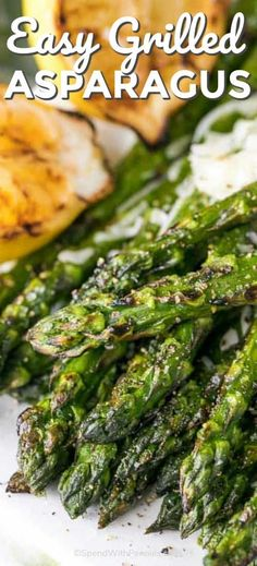 This is the BEST Grilled Asparagus we've ever had! Perfect along side any steak or barbecued chicken dish! This easy recipe elevates a traditional grilled asparagus by adding a touch of parmesan chee Best Asparagus Recipe, Grilled Asparagus Recipes, Grilled Vegetables, Vegetable Recipes, Baked Asparagus, How To Grill Asparagus, Vegetables On The Grill, Parmesan Asparagus, Chicken