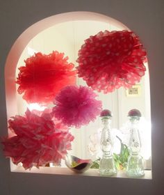 The Kitchen - Cakewalk Event Planning and Consultation: DIY: Holiday Tissue Paper Pom Poms