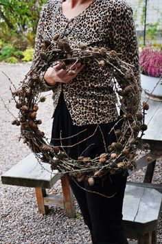 Autumn Wreaths, Christmas Wreaths, Christmas Crafts, Christmas Ideas, Nordic Christmas, Winter Christmas, Xmas, Willow Weaving, Country Wreaths