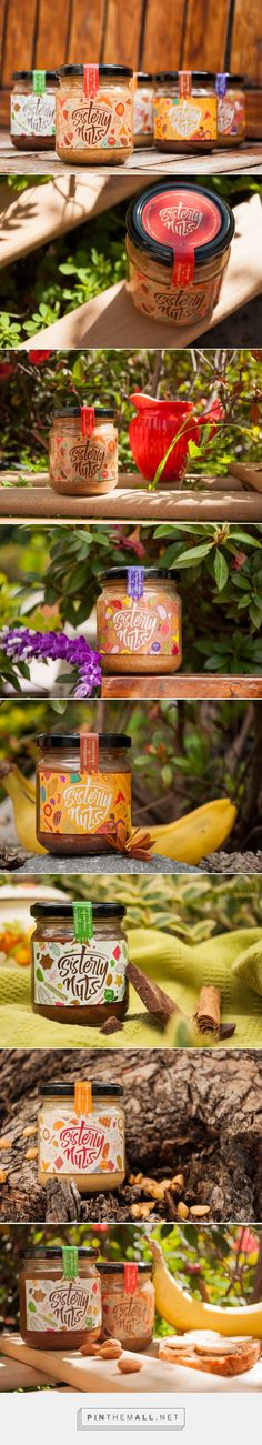 Lovely nutty typography in Sisterly Nuts label design by Focus Diseño Estratégico - http://www.packagingoftheworld.com/2016/06/sisterly-nuts.html