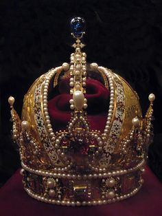 Ottoman Empire gold and jewel encrusted crown