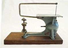 Vintage KBC Drill Powered Hobby Saw Antique Tools, Old Tools, Woodworking Machinery, Woodworking Tools, Scroll Saw, Drill, Desktop, Antiques, Tips
