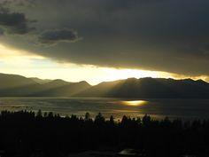 Inspiration pur - Sunsets around the world. Eine einmalige Reise um die Welt! #laketahoe #nevada #kalifornien #usa www.reiseinspiration.ch #sunset #aroundtheworld #travel #reisen #weltreise #romantic