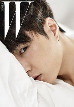 EXO Lay Korean Magazine Lovers instagram : http://instagram.com/k_magazinelovers