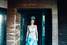 #mariage #bleu #rock #punk #wedding #blue #trashthedress #usine #factory www.bcce.fr