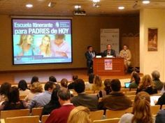"""El pasado 14 de noviembre tuvo lugar la conferencia """"No me escucha cuando le hablo"""": Habilidades comunicativas para padres e hijos, a cargo del Dr. Javier  #Madrid #Medico #salud #psicólogos"""