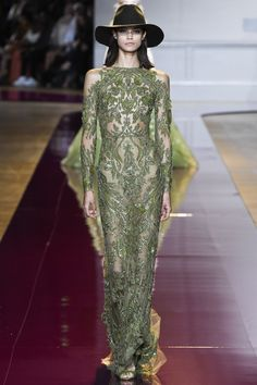 Zuhair Murad Fall 2016 Couture: On trend with the cold shoulder look! Green is an iffy color for me but this shade of green is beautiful!