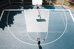 It's our list of our top 5 important skills for playing basketball. Did we miss a more important physical game skill in our list? And yes, we didn't mention here anything about mental toughness and basketball IQ. Free Basketball, Basketball Drills, Basketball Pictures, Basketball Court, Sports Images, Sports Pictures, Football Pitch, Basket Ball, Fitness Watch