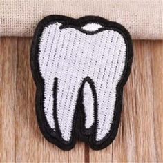 Embroidered Cute Tooth Logo patches for clothing Diy deal with it Stickers Biker Patches, Iron On Patches, Punk Patches, Embroidery Patches, Diy Embroidery, Embroidery Digitizing, Dental Office Decor, Office Lamp, Teeth Logo