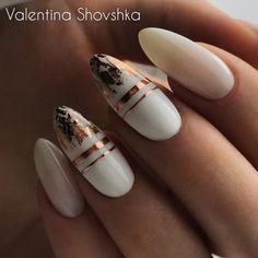 50 Gorgeous White Nail Art Design Beauty Life Tips Nägel ideen White Nail Art, White Nails, White Summer Nails, Stylish Nails, Trendy Nails, Hair And Nails, My Nails, Foil Nails, Foil Nail Art
