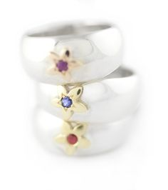 Handmade Argentium Silver Domed Rings With Yellow Gold Single Daisys Set With Coloured Semi Precious gemstones Bespoke Jewellery, Semi Precious Gemstones, Jewelry Shop, Daisy, Sapphire, Yellow, Rings, Silver, Gold