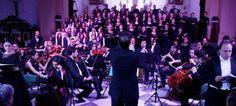 ALMUÑÉCAR. El concierto llenó la iglesia Parroquial de la Encarnación y en el mismo participaron los coros Manuel de Falla, Ciudad de Almuñécar y el Coro Infantil 'Los Arcos',