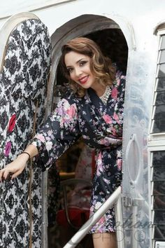 Salon on wheels /The Kiss N Makeup Parlour / Bridesmaids /weddings /az Airstream business