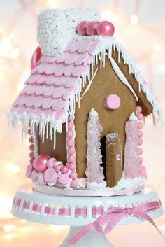 {Video} Making a Gingerbread House & {Free Printable} Gingerbread House Template. - {Video} Making a Gingerbread House & {Free Printable} Gingerbread House Template – pink-gingerbr - Christmas Gingerbread House, Noel Christmas, Pink Christmas, Christmas Goodies, Christmas Treats, Christmas Baking, Holiday Treats, Holiday Fun, Christmas Decorations