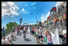 Ironman Switzerland: Meine erste Langdistanz – Teil III *** 1st #Ironman #Finish Triathlon #IronmanSwitzerland #Zurich #Zürichsee  { #Triathlonlife #Training #Triathlon } { via @eiswuerfelimsch http://eiswuerfelimschuh.de } { #fitnessblogger #deutschland #deutsch #triathlonblogger #triathlonblog } { #motivation #trainingday #triathlontraining #sports #raceday #swimbikerun #cycling }
